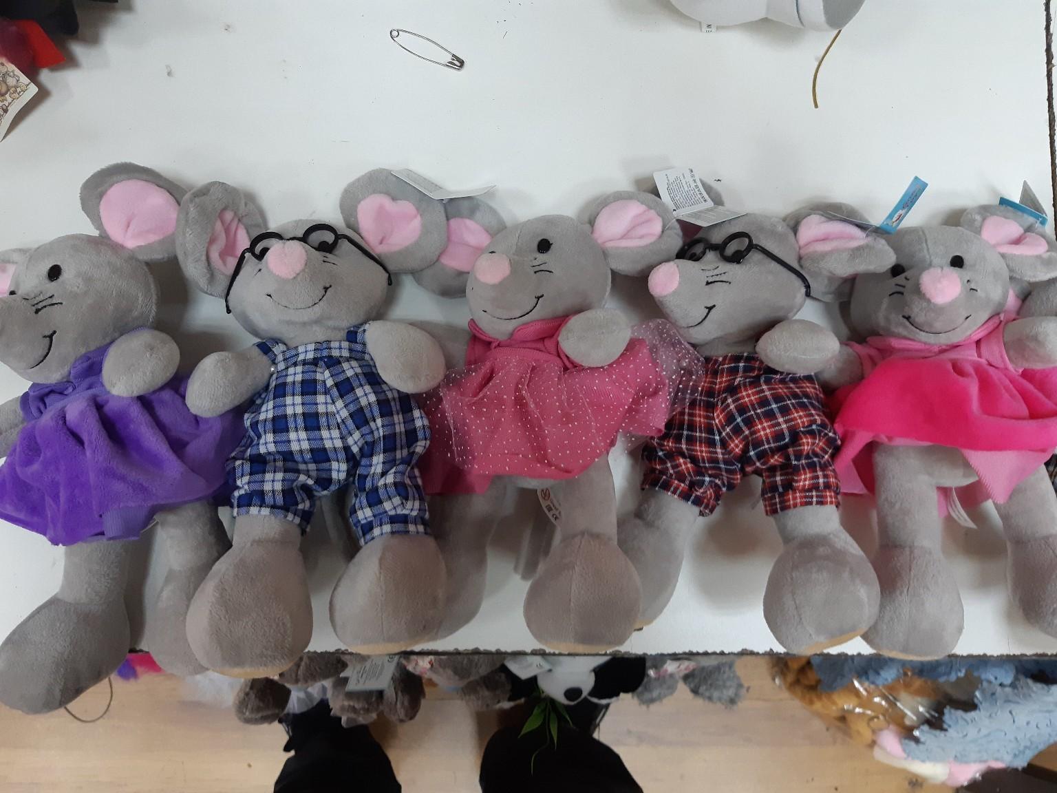 Милые мышки мальчики и девочки  разных расцветок