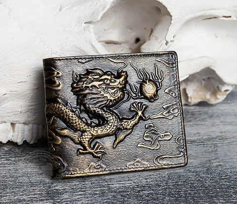 Крутой мужской кошелек золотистого цвета с драконом