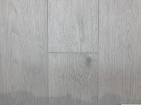 Ламинат Aberhof Storm 3223 дуб северный V4 фаска 8мм 33кл (уп. 2,131м2)