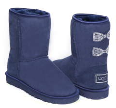 /collection/popular/product/ugg-classic-short-crystal-bow-navy