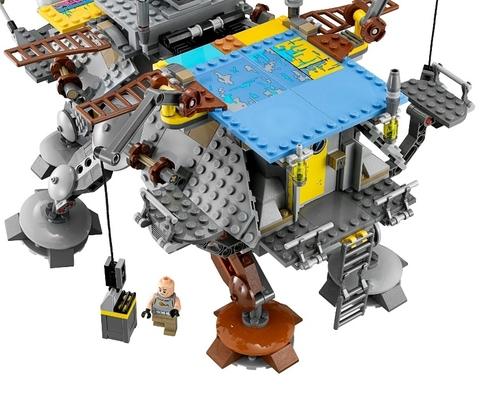 LEGO Star Wars: Шагающий штурмовой вездеход AT-TE 75157