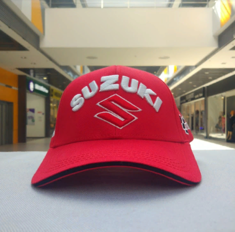 Кепка Сузуки красная (Бейсболка Suzuki)