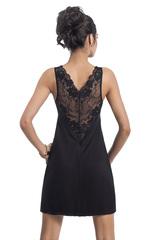 Короткая черная женская сорочка из вискозы с ажурным кружевом