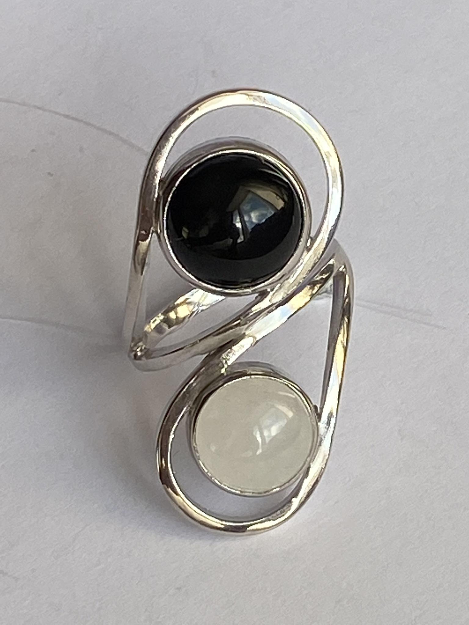 Игра (кольцо из серебра)