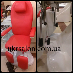 Педикюрное кресло ZD-841 red