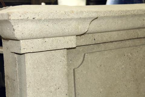 Подоконник закладной из архитектурного бетона фрагмент.