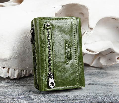 Зеленый кожаный кошелек с монетницей
