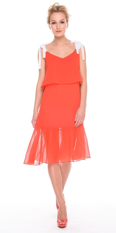 Платье З189а-901 - Эффектное платье А-образного силуэта с широким воланом и отлетной деталью с асимметричным низом в районе груди. Однотонные лямки можно регулировать по длине. Прекрасный вариант для праздничных мероприятий и летнего отдыха.