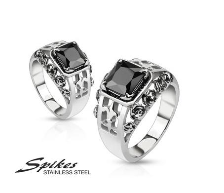 R-M2534 Мужской перстень «Spikes» из ювелирной стали с черным камнем