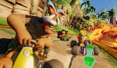 Xbox One Crash Team Racing Nitro-Fueled (английская версия) + очки Crash Team Racing Nitro-Fueled