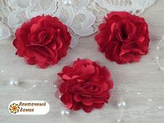 Цветы атласные с фатином красные диаметр 5 см