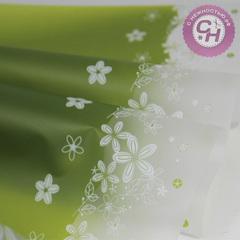 Пленка для цветов виниловая с цветочным декором по краю, 60*60 см, 1 шт.