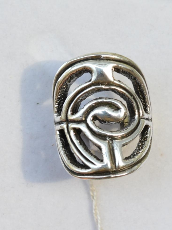 Резной овал (кольцо из серебра)