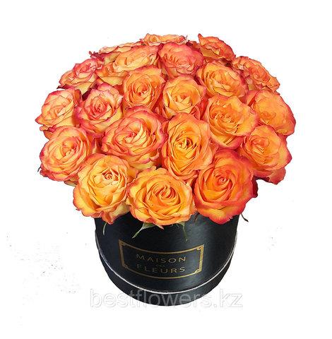 Коробка Maison Des Fleurs с розами 10