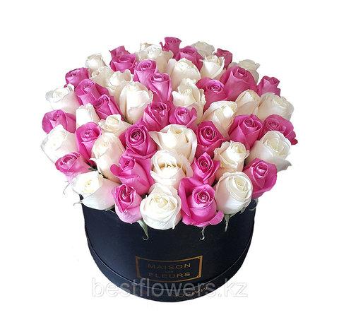 Коробка Maison с розами белые-малиновые