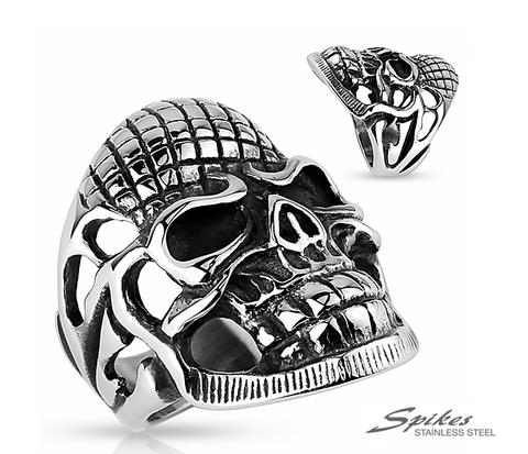 Мужской перстень в виде черепа из ювелирной стали, «Spikes»