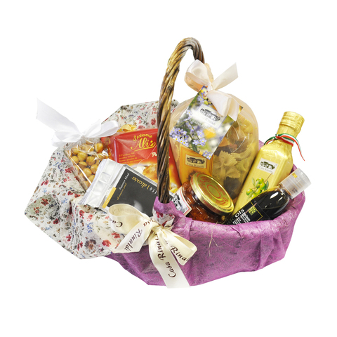 Подарочная корзина Casa Rinaldi с набором продуктов FIORATA маленькая