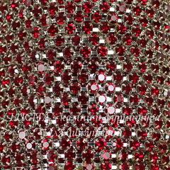 Стразовая лента 2 мм, красная (цвет - серебро), 10 см