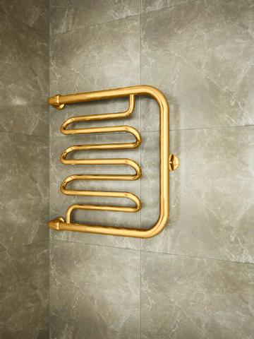 Foxtrot Liana Gold - золотой полотенцесушитель с боковым подключением.
