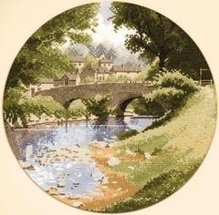 Heritage Мост через речку (Riverside)