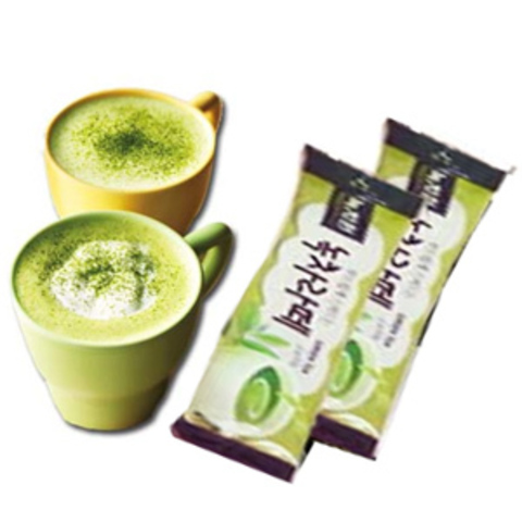 https://static-eu.insales.ru/images/products/1/5695/61806143/green_tea_latte.jpg