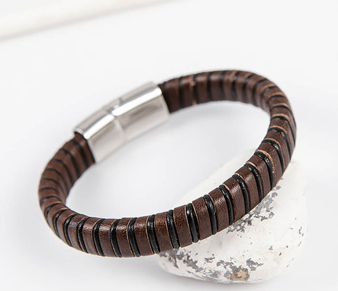 Мужской браслет из кожаной полосы и шнура