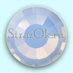 Купить оптом клеевые стразы White Opal белые