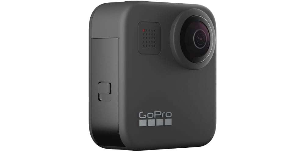 Экшн-камера GoPro MAX сбоку