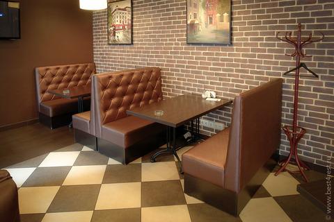 Диваны и столы для кофейни
