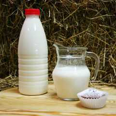 Йогурт фермерский из коровьего молока питьевой / 330 мл