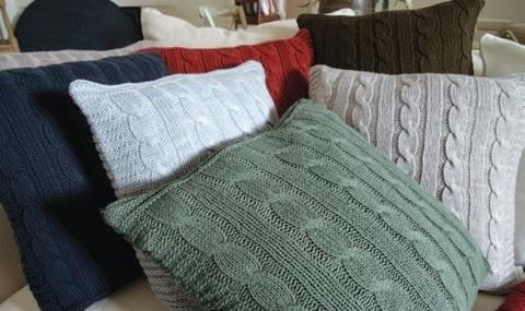 Элитная подушка декоративная Boston оливковая от Casual Avenue