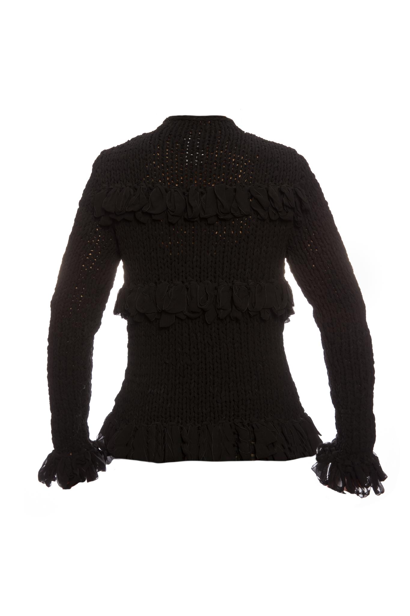 Необычный кардиган из шелка черного цвета от Chanel, 38 размер.