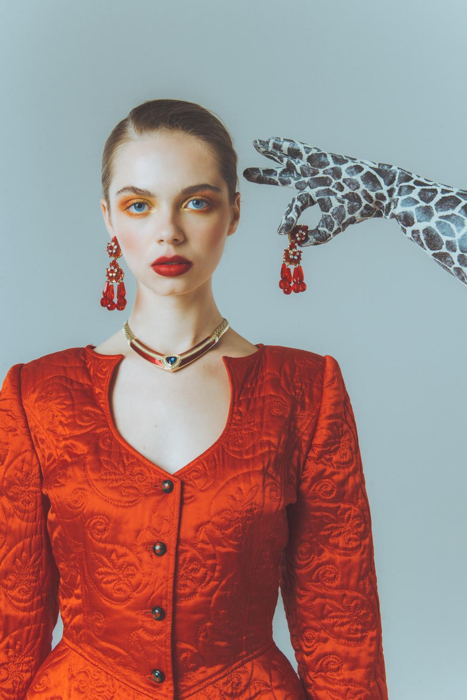 Колье с эмалью от Dior