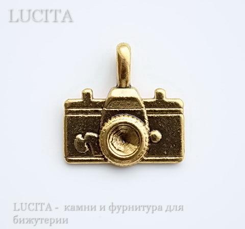 "Подвеска 3D ""Фотоаппарат"" (цвет - античное золото) 22х20 мм"