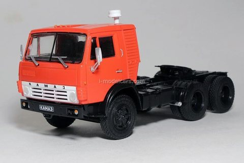 KAMAZ-54112 road tractor red 1:43 DeAgostini Auto Legends USSR Trucks #42