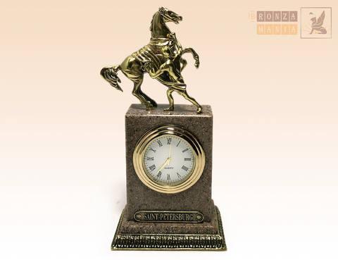 часы Аничков мост - Гранит