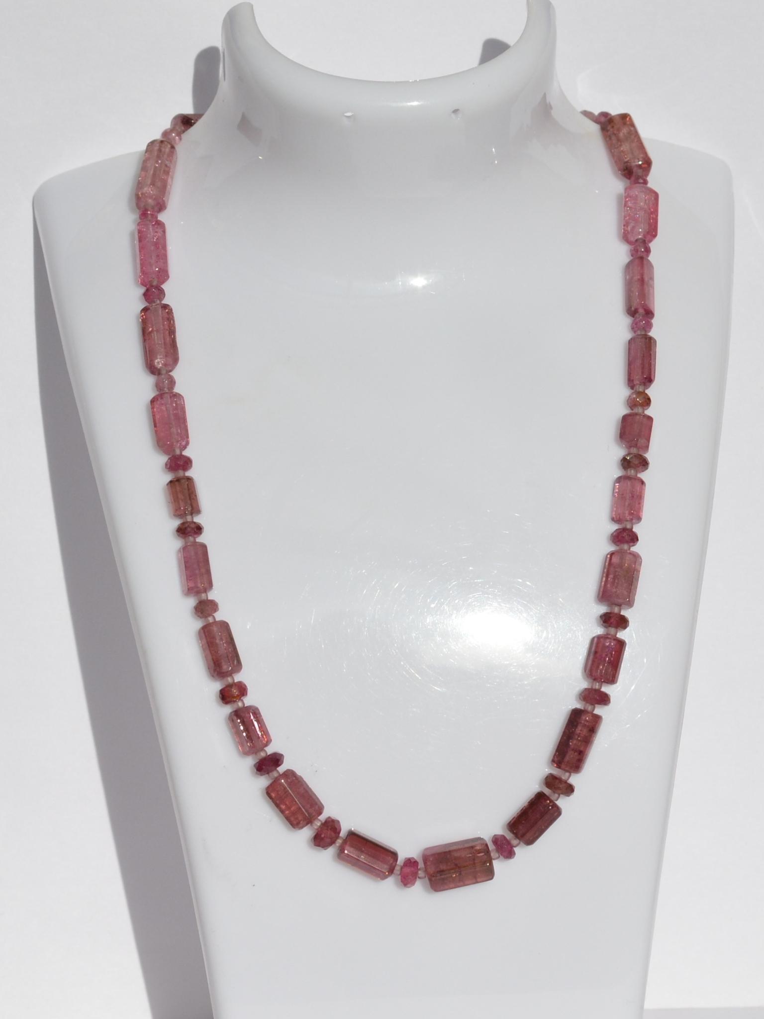 Турмалин С(бусы из натуральных камней)