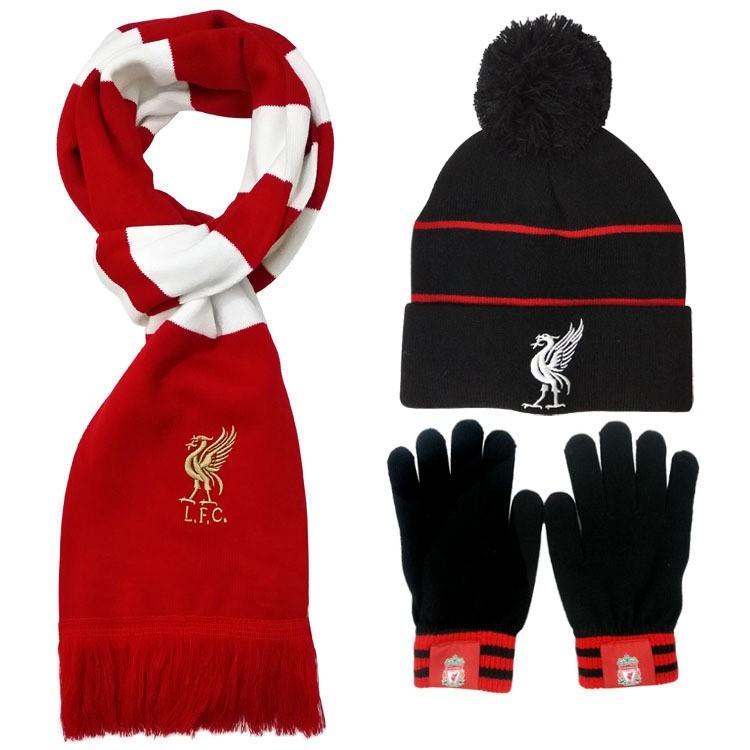 Бордовый шарф футбольного клуба