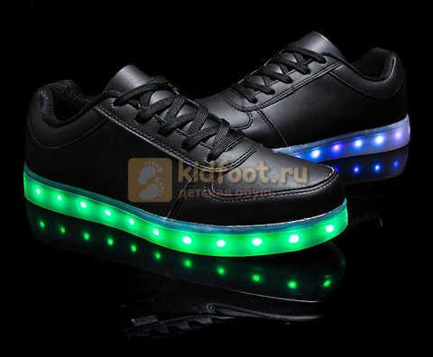 Светящиеся кроссовки с USB зарядкой Fashion (Фэшн) на шнурках, цвет черный, светится вся подошва. Изображение 24 из 27.