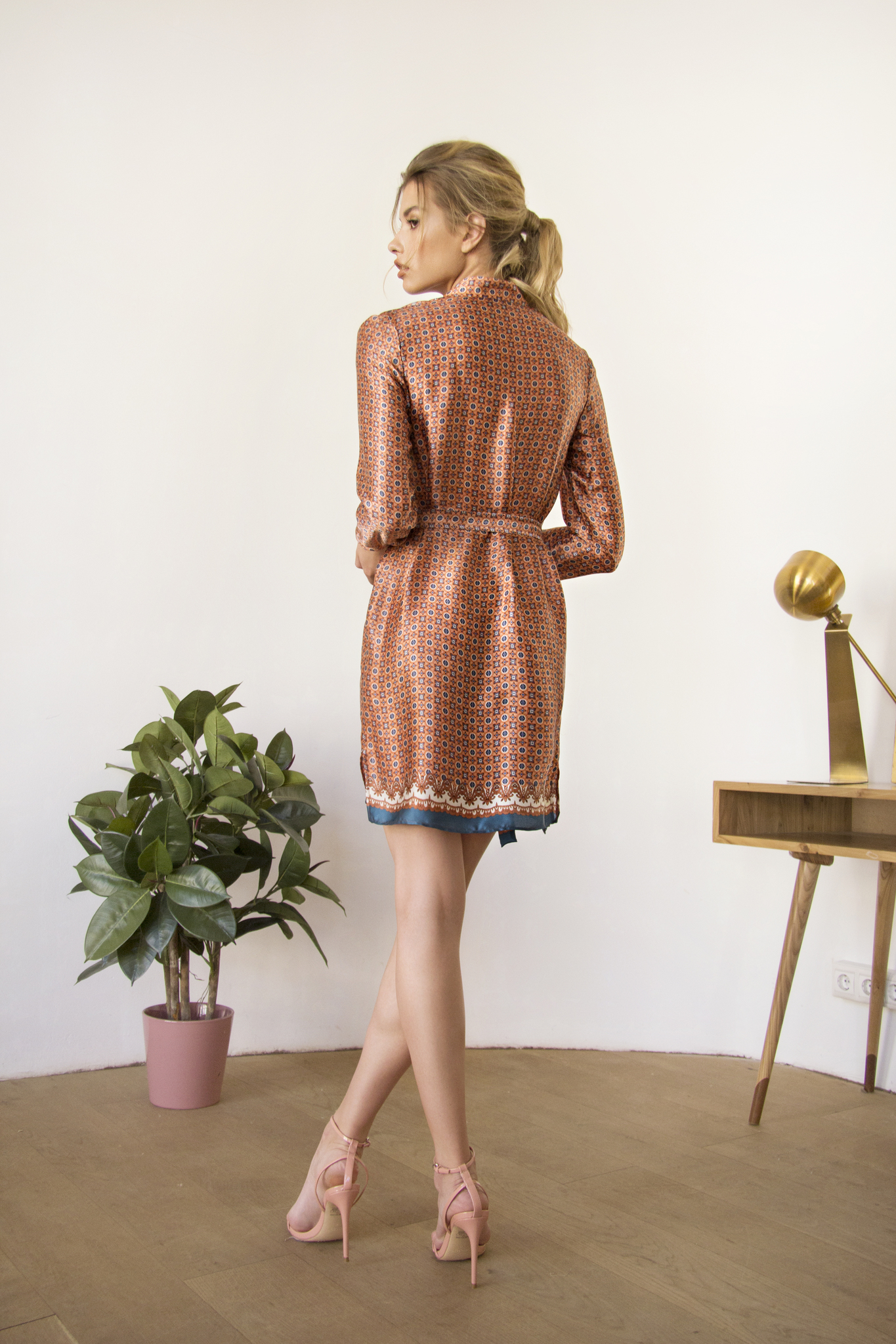 Платье-рубашка SilkChic