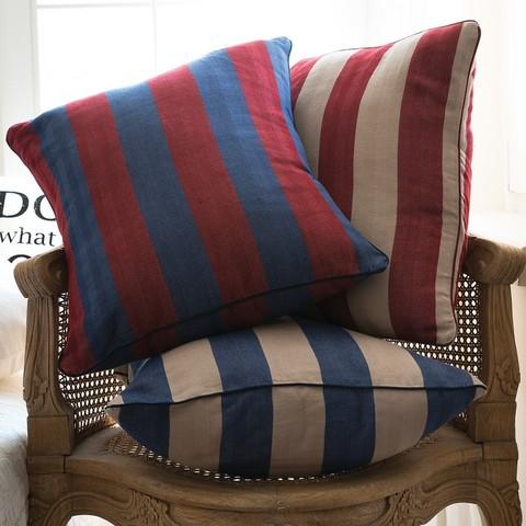 Элитная подушка декоративная Rhode Island Stripe сине-красная от Casual Avenue