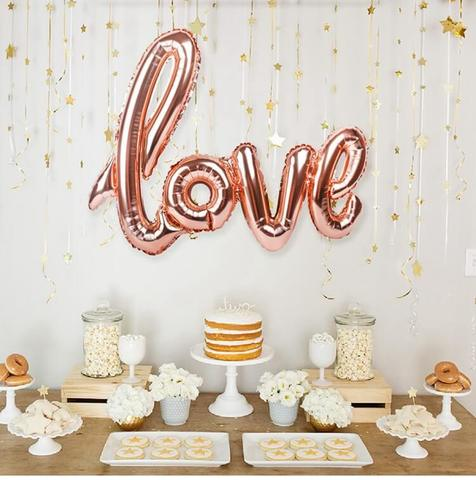 Розовое золото, прописные буквы LOVE