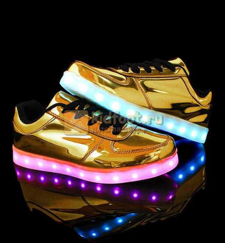 Светящиеся кроссовки с USB зарядкой Fashion (Фэшн) на шнурках, цвет золотой, светится вся подошва. Изображение 7 из 8.