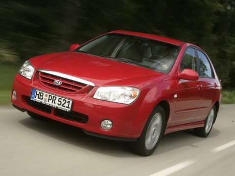 Чехлы на Kia Cerato седан 2004–2009 г.в.