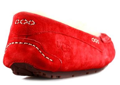 UGG Ascot Red