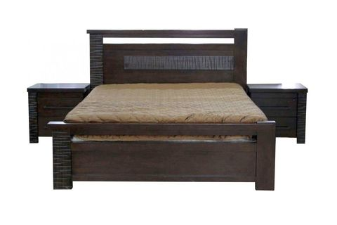 Кровать «Роберта» из массива дерева гевея