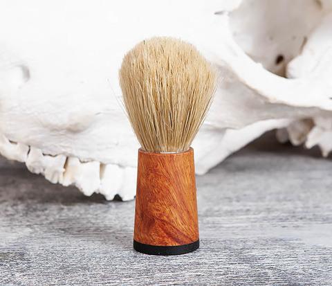 Помазок с рукояткой ручной работы из дерева
