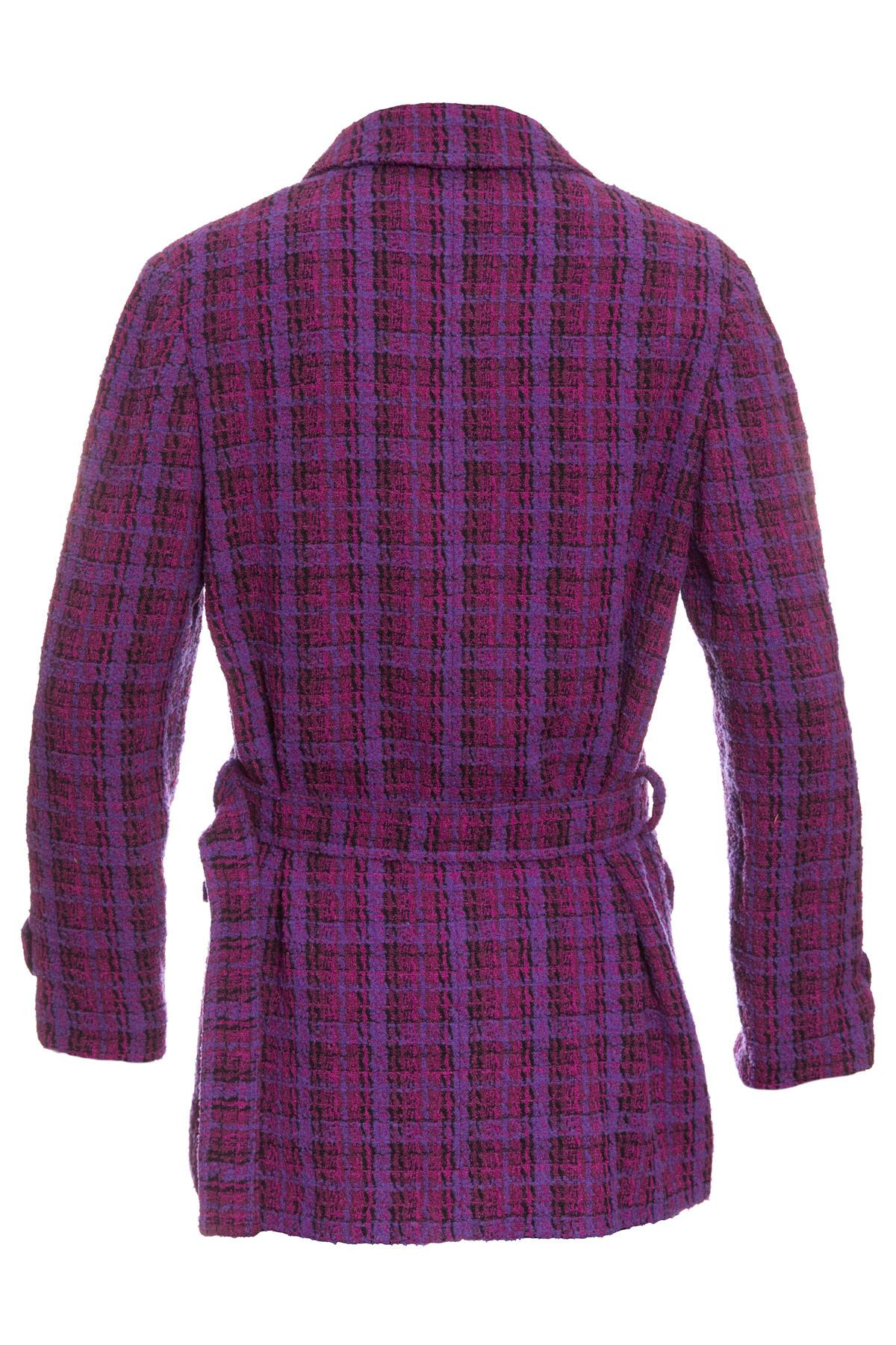 Удлиненный сиренево-фиолетовый твидовый пиджак с поясом от Chanel, 42 размер