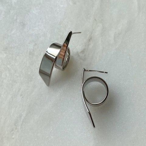 Серьги Эскалада, серебряный цвет