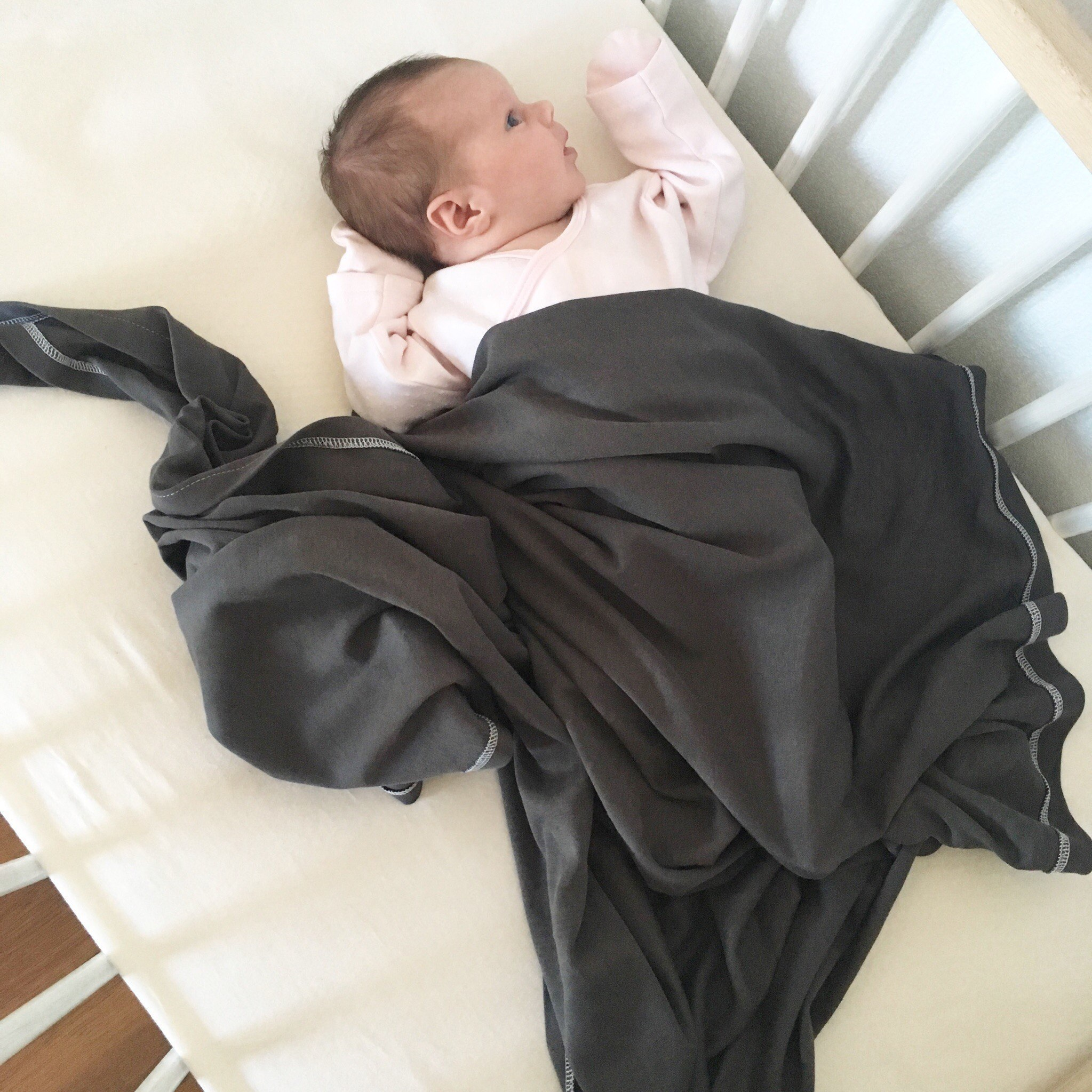 Пеленка Mjölk Steel Gray Swaddle